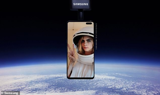 20250500-7618981-The_idea_was_to_promote_the_new_model_Samsung_Galaxy_S10_5G_as_a-m-5_1572198933567